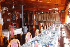 Panorama Lodge and Restaurant, Chaty v prírode  Nāmche Bāzār - big - 10