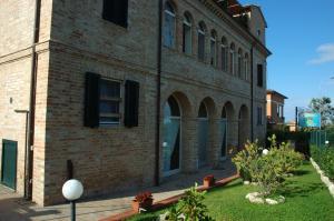 Agriturismo Casa degli Archi, Farm stays  Lapedona - big - 33