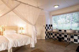 Makuwa Safari Lodge, Turistaházak  Mbabat - big - 9