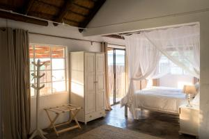Makuwa Safari Lodge, Turistaházak  Mbabat - big - 26
