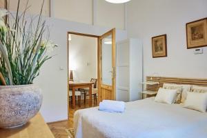 Sebastian Apartment