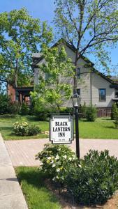 Black Lantern Inn - Accommodation - Roanoke
