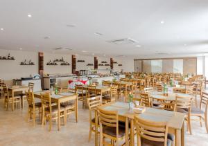 Beach Hotel Sunset, Hotely  Camburi - big - 27