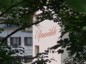 Hotel Elfenmühle, Penzióny  Bad Bertrich - big - 99