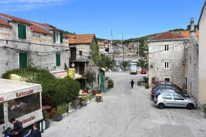 Apartments by the sea Marina Trogir 10327