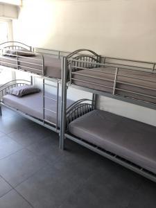 Location gîte, chambres d'hotes L'Escale du voyageur (climatisé) dans le département Vaucluse 84