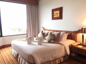 Laithong Hotel - Warin Chamrap