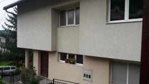 Central wave apartman, Проживание в семье  Тузла - big - 17