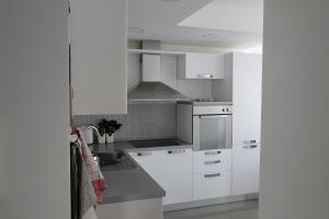 Apartment Galerija, Apartmány  Tuzla - big - 5