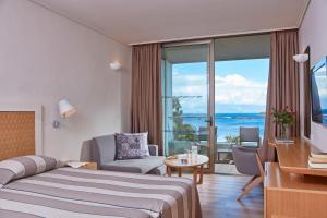 Kontokali Bay Resort & Spa (12 of 120)