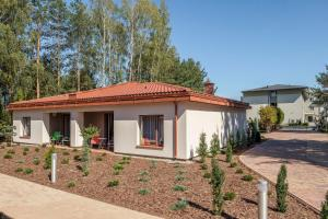Easy Living Relaxing Senior Apartments Wiązowna