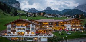 Hotel Welponer - Selva di Val Gardena