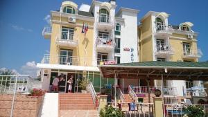 Hotel Palace, Hotely  Kranevo - big - 17