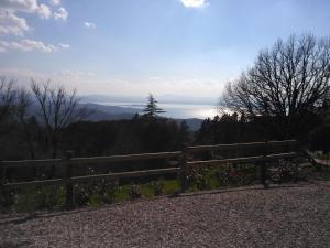 Umbria vista lago Trasimeno - AbcAlberghi.com