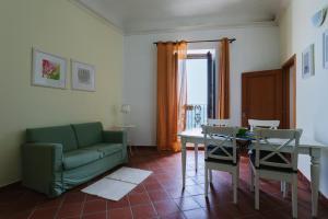 Casa in Ortigia sul lungo mare di levante - AbcAlberghi.com