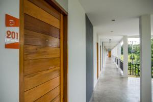 B3 Hotel, Отели  Накхонситхаммарат - big - 38