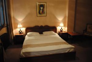 Hotel Sympatia, Hotels  Tbilisi City - big - 10