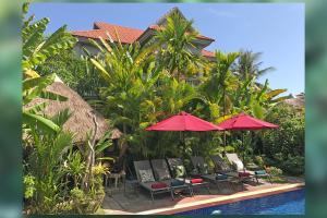 3 Monkeys Villa (Gay Hotel)