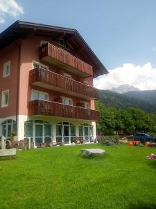 Accommodation in Carisolo