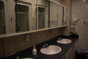 Saint Lawrence Residences and Suites, Hostelek  Toronto - big - 19