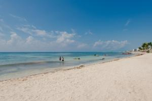Villas Xaguar Posada Minutes to The Beach