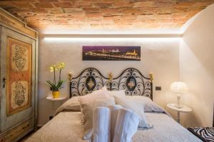 Florence Luxury House