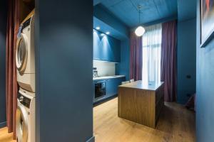 HOME/tbilisi, Apartmány  Tbilisi - big - 32