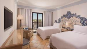 Pine Cliffs Hotel, A Luxury Collection Resort, Resorts  Albufeira - big - 91