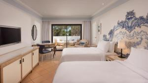 Pine Cliffs Hotel, A Luxury Collection Resort, Resorts  Albufeira - big - 90