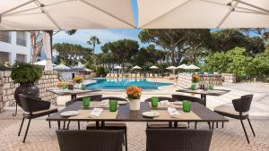 Pine Cliffs Hotel, A Luxury Collection Resort, Resorts  Albufeira - big - 97