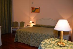 Hotel Olioso, Szállodák  Peschiera del Garda - big - 36