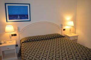 Hotel Olioso, Отели  Пескьера-дель-Гарда - big - 50