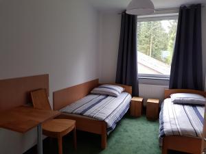 Hostel77
