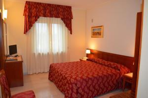 Hotel Olioso, Отели  Пескьера-дель-Гарда - big - 11