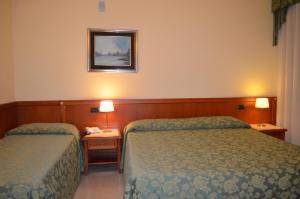 Hotel Olioso, Отели  Пескьера-дель-Гарда - big - 55