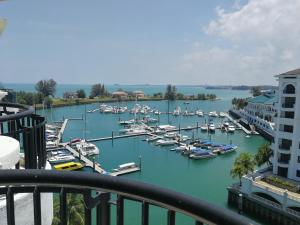 A Hotel Com Avillion Admiral Cove Holiday Apartment Apartment Port Dickson Malaysia Price Reviews Booking Contact