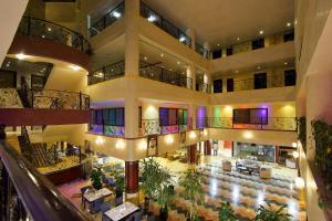 Al Bustan Hotel, Шарджа