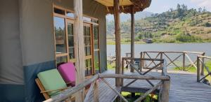 Lake Chahafi Resort, Luxury tents  Kisoro - big - 62