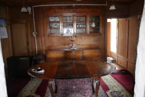 Houseboat Washington, Hotely  Srinagar - big - 43