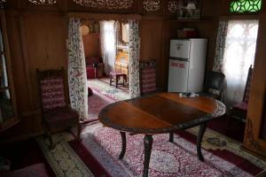 Houseboat Washington, Hotely  Srinagar - big - 42