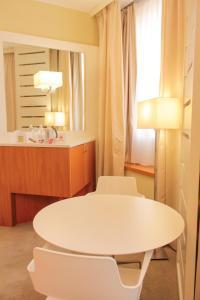 Best Western Mirage Hotel Fiera, Hotels  Paderno Dugnano - big - 42