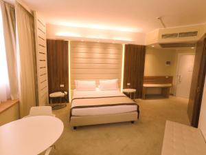 Best Western Mirage Hotel Fiera, Hotels  Paderno Dugnano - big - 48