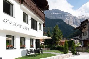 Arya Alpine Lodge - AbcAlberghi.com