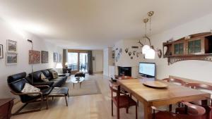 Polaschin E12 - Apartment - Sils