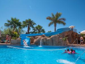 Hotel Victoria Playa, Szállodák  Almuñécar - big - 39