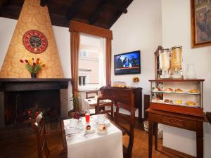Pantheon Inn, Bed and Breakfasts  Řím - big - 32