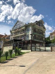 Guest House Gorniy Rai - Luchezarnyy