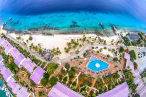 Van der Valk Plaza Beach & Dive Resort