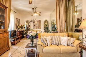 Campo De Fiori Luxury Apt Private Lift - abcRoma.com