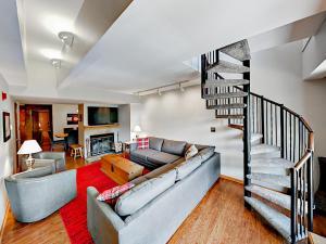 250 Ski Hill Condo Unit 22 - Apartment - Breckenridge